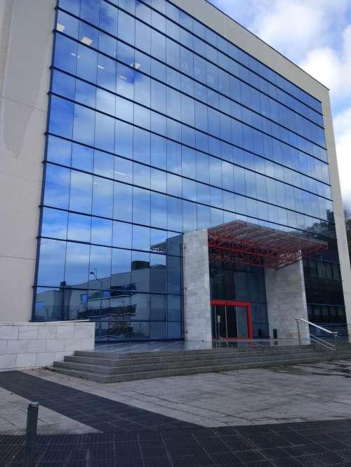 BLOQUE DE OFICINAS EN ZUATZU
